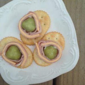 Pickle Pinwheels {Dairy-Free Kid Lunch}