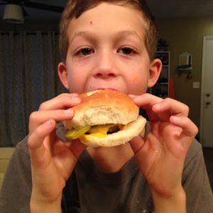 Cheeseburger {Dairy-Free}