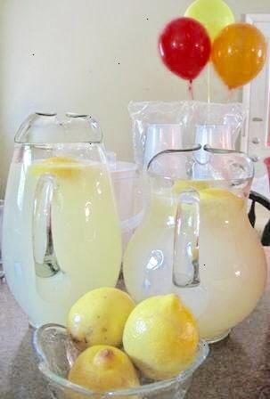 An Allergy-Friendly Summer Party Menu That Tastes Normal